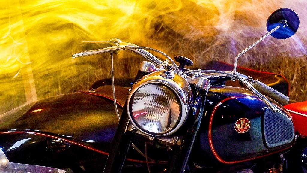 motor és füst